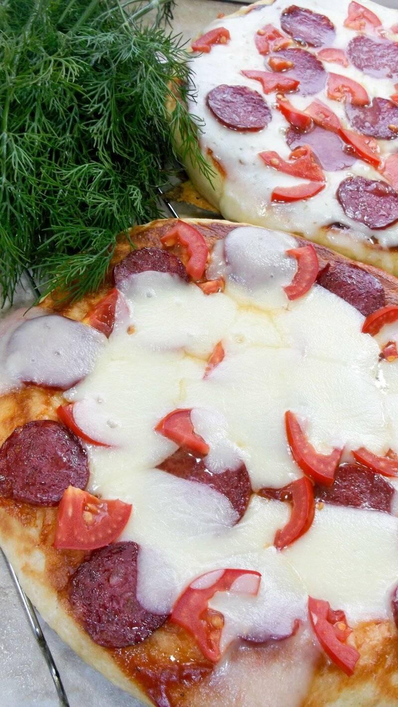 Тончайшее дрожжевое тесто для пиццы из свежих дрожжей