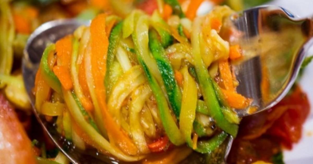 Салат из кабачков по корейски  как сделать быстро, чтобы кушать сразу