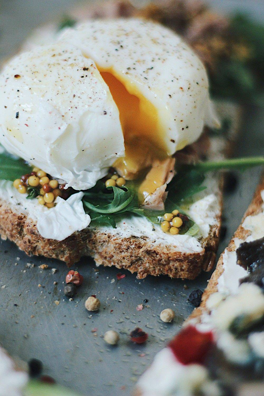 Яйцо пашот: готовим завтрак по-французски