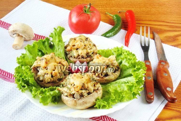 Как вкусно приготовить фаршированные шампиньоны с куриным фаршем на сковороде