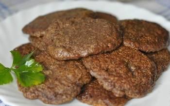 Как готовить печеночные оладьи с рисом, рецепт с фото