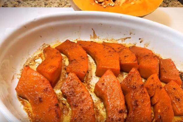 Как запечь тыкву в духовке целиком с начинкой: рецепты с фото пошагово