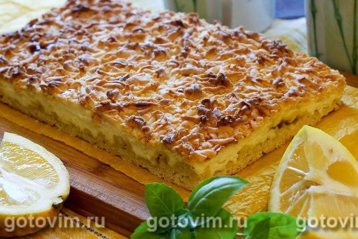 Творожно-яблочный тертый пирог