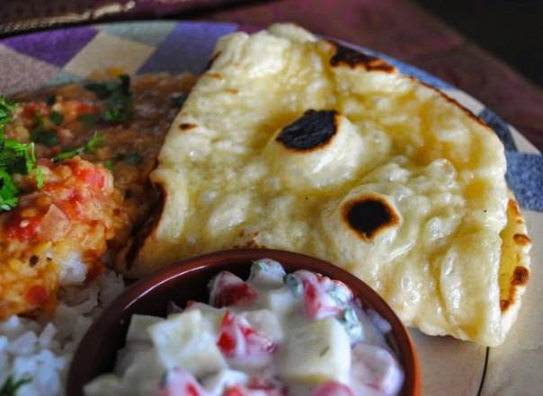 После посещения индии я стал равнодушен к хлебу: теперь готовлю лепешки наан, ведь они намного вкуснее