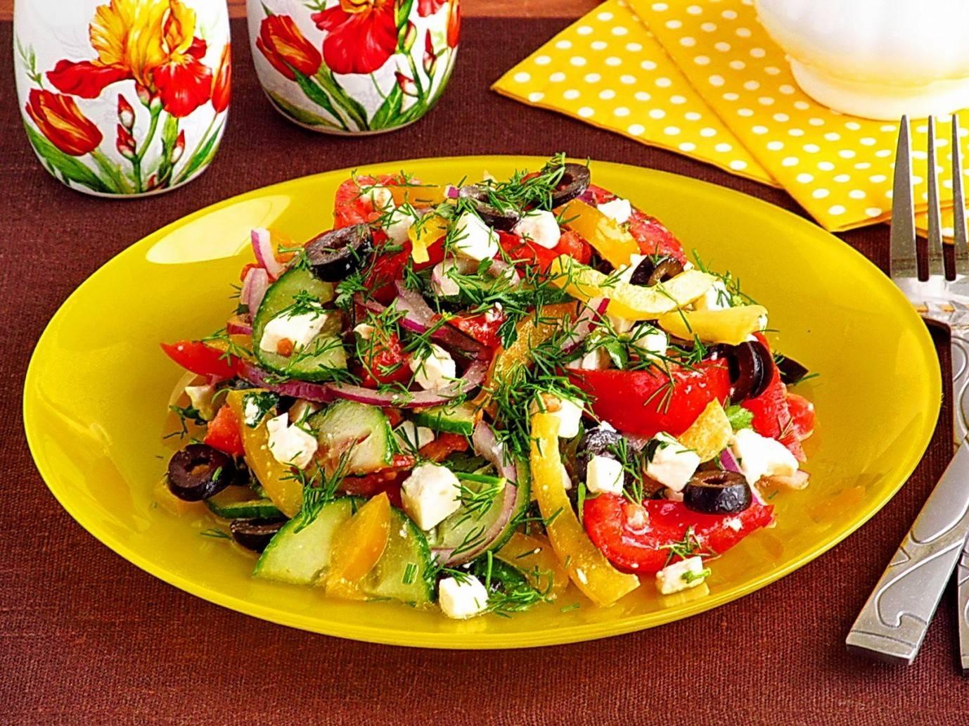 Легкий салат с брынзой