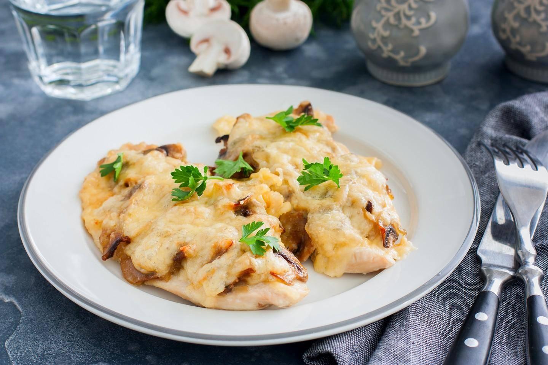 Отбивные из свинины с сыром в духовке. пошаговый рецепт с фото • кушать нет