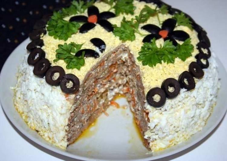 Торт из печеночных блинов - 23 пошаговых фото в рецепте
