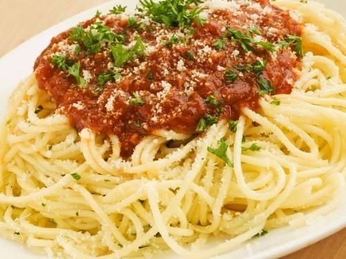"""Спагетти с соусом """"а-ля болоньез"""""""