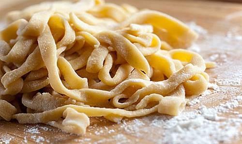 Как сделать макароны — как сварить, чтобы они не слипались? способы, как вкусно приготовить макароны: макароны по-флотски, паста с салями, паста с грибным соусом, спагетти карбонара, паста болоньезе