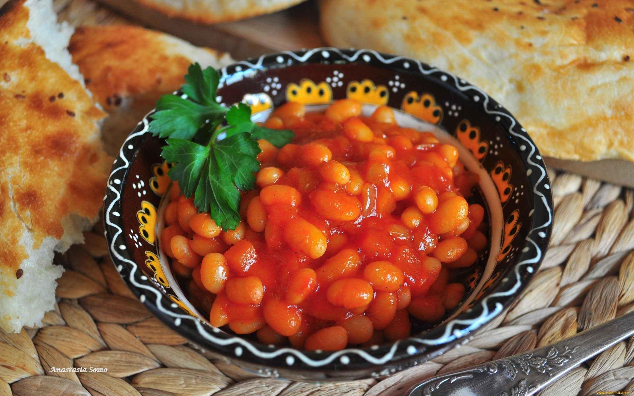 Тушёные овощи с фасолью и мясом