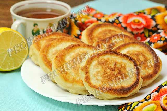 Оладьи на кефире, пышные как пух — очень вкусные и проверенные рецепты воздушных оладушек как у бабушки