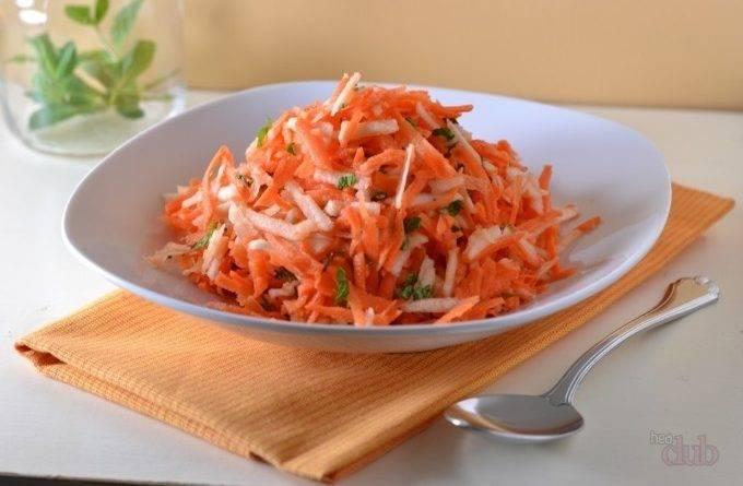 Пирог морковный с семечками