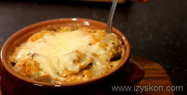 Пельмени в горшочках в духовке - рецепты с грибами, сметаной и сыром