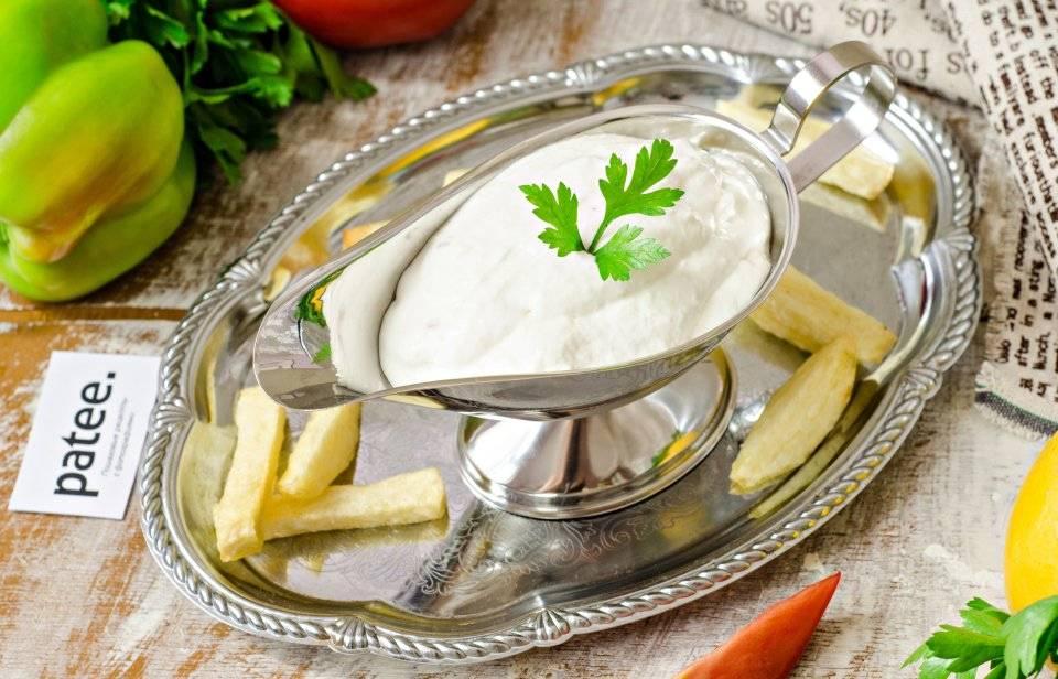 Йогуртово-чесночный соус