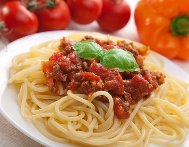 Соус из помидоров для спагетти: простые рецепты