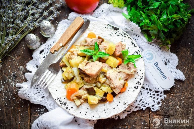 Свинина с овощами в духовке - 16 пошаговых фото в рецепте