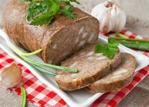 Печеночная колбаса домашняя – никакой химии! рецепты домашней печеночной колбасы с салом, гречкой, манкой, овощами