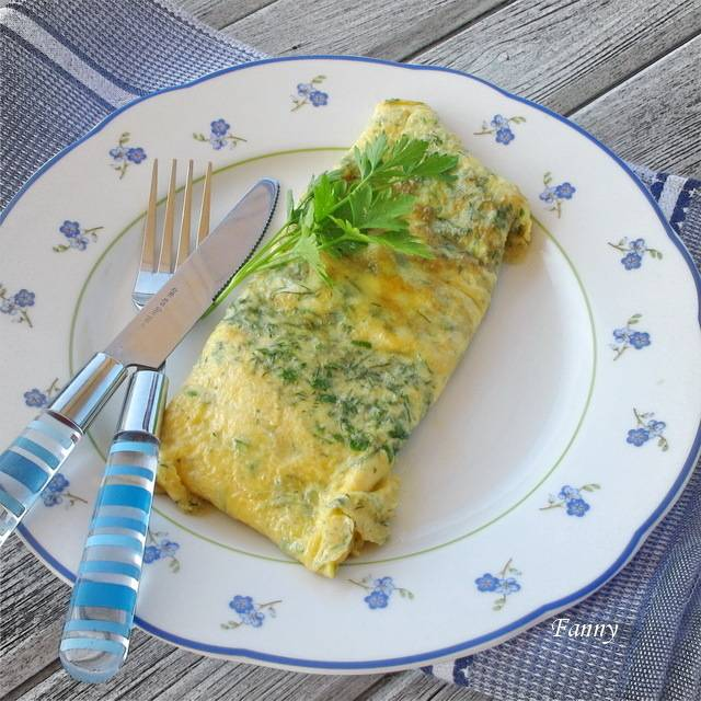 Омлет по-французски: с ветчиной и сыром