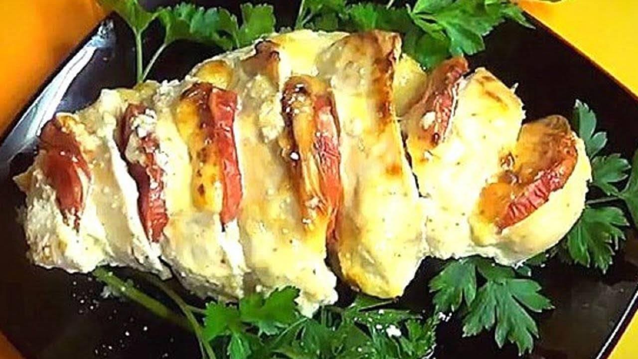 Как вкусно запечь куриные грудки в духовке