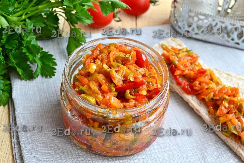 Тушеные кабачки с овощами в мультиварке