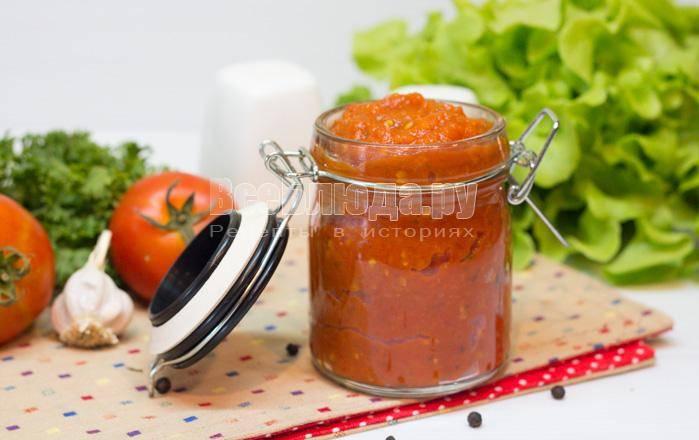 Тыква-спагетти с острым томатным соусом маринара