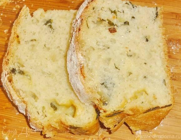 Хлеб со шпинатом и козьим сыром рецепт с фото