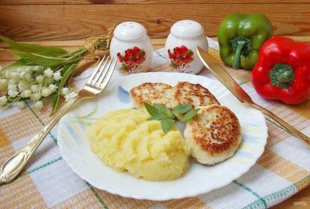 Котлетки из детских мясных пюре и овсянки - запись пользователя людмилка (gabrielca) в сообществе питание от года до трех в категории а у нас сегодня - babyblog.ru