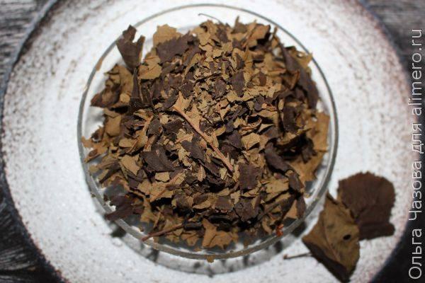 Ферментация листьев сливы для чая