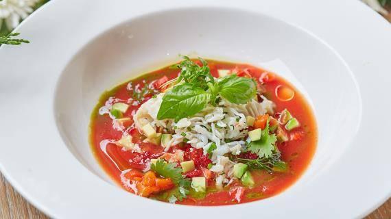 Суп гаспачо: история холодного супа из испании