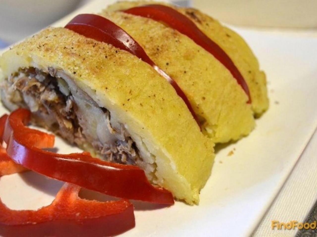 Картофельный рулет с фаршем в духовке - 17 пошаговых фото в рецепте