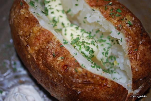 Как запечь картошку в духовке? картошка, запеченная в духовке: 9 рецептов |