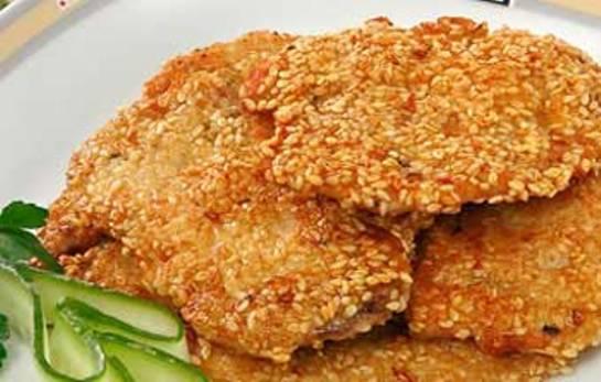 Маринованное куриное филе в кунжуте в духовке