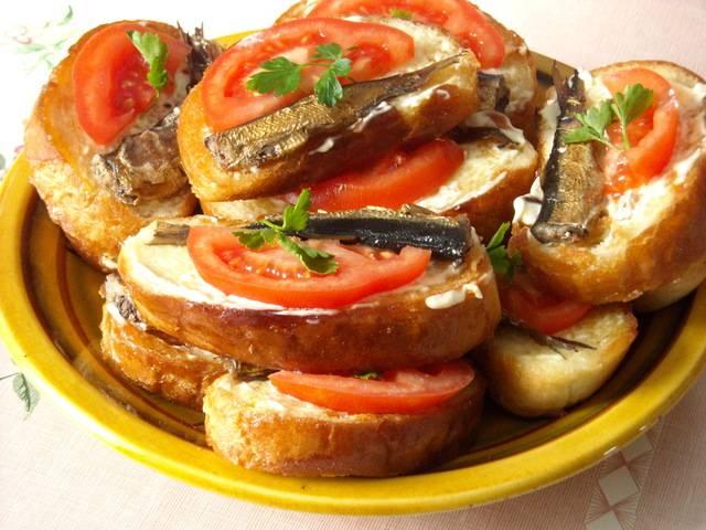 "Бутерброды со шпротами ""ностальгия"""