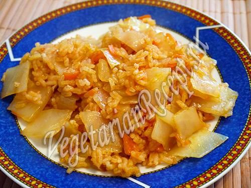Тушеная капуста с рисом (в казане, в мультиварке): рецепты