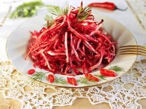 Салат капуста с морковью, болгарским перцем и маслом