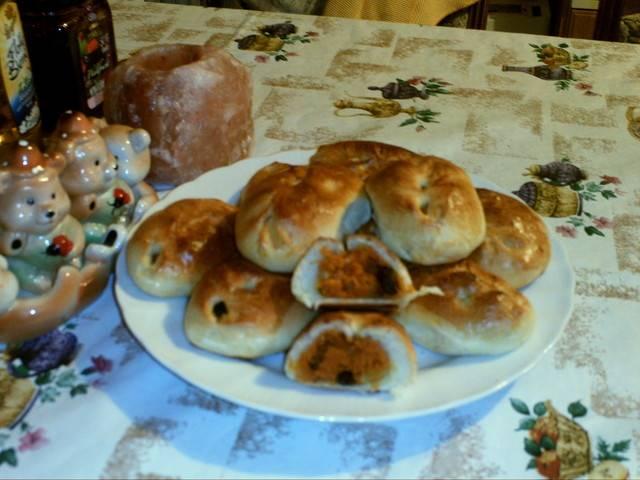 Постные луковые булочки