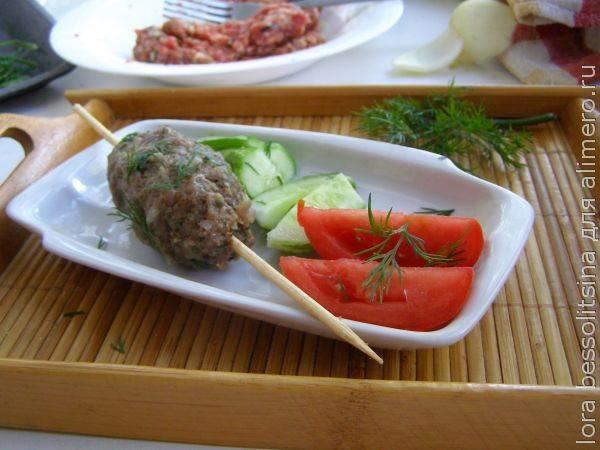 Кебаб с сыром и зеленью