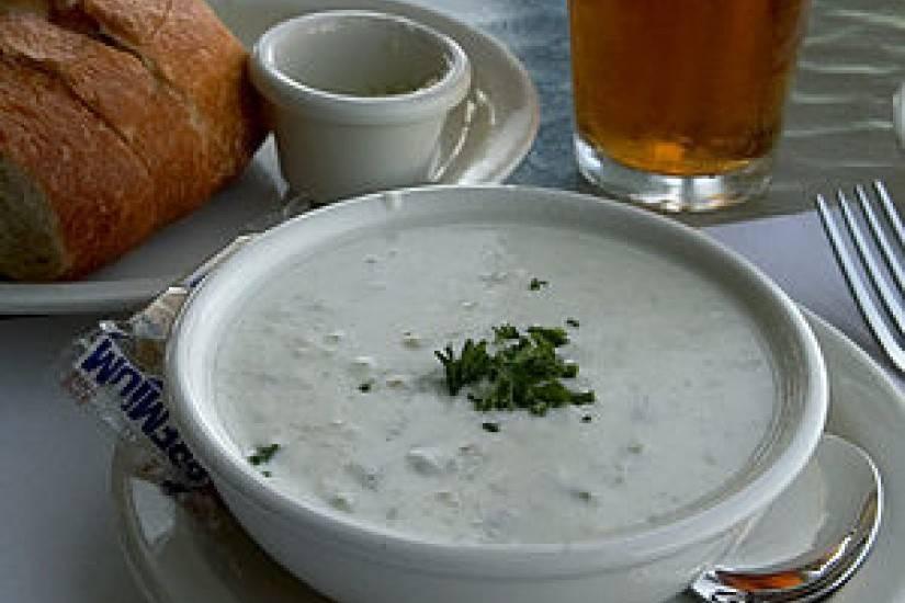 """Крем-суп с морепродуктами """"клэм чаудер"""""""