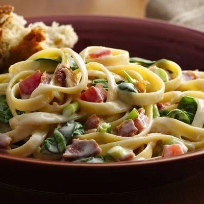 Спагетти с семгой - 8 пошаговых фото в рецепте