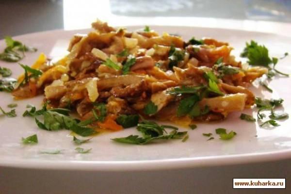 Фрикадельки в чесночном соусе