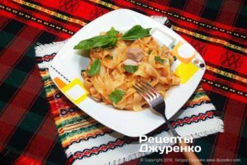 Фарфалле с томатами и тунцом - удивительно вкусное блюдо