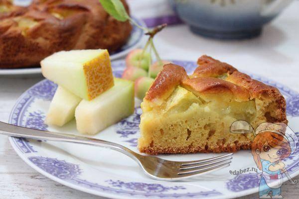 Пирожки с яблоками из пушистого теста