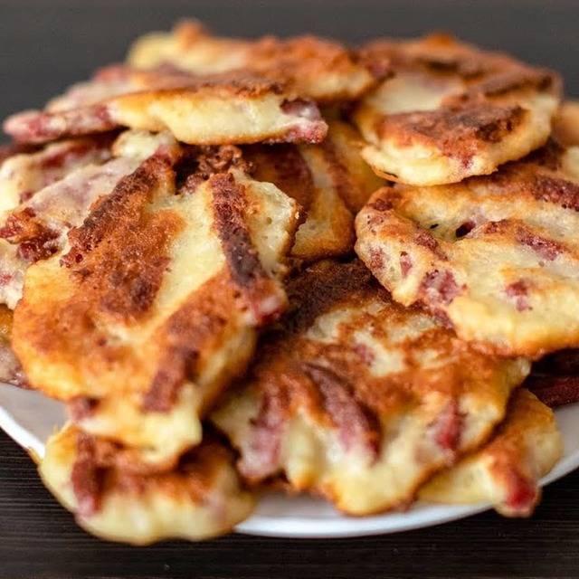 Драники с вареной колбасой — рецепт с фото пошагово