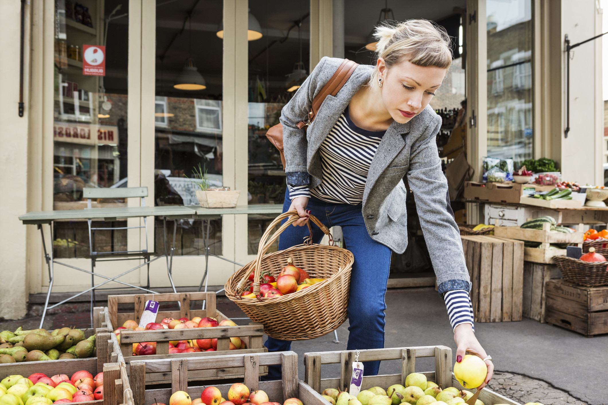Как запечь яблоки в мультиварке: 5 рецептов, тонкости приготовления (+отзывы)