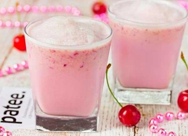 Молочный коктейль с мороженым — 6 рецептов в домашних условиях