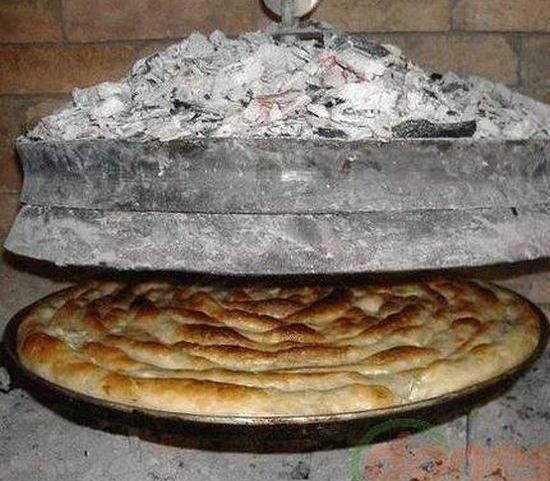 Турецкий борек с мясом (turkish meat borek)  интересная форма, хрустящая текстура, сочное содержание, а какой аромат...