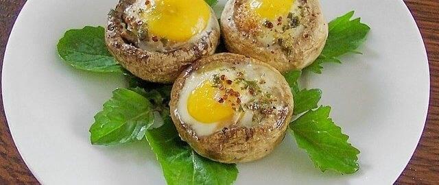 Фаршированные шампиньоны с помидорами и перепелиными яйцами / рецепты с фото. простые домашние рецепты на каждый день.