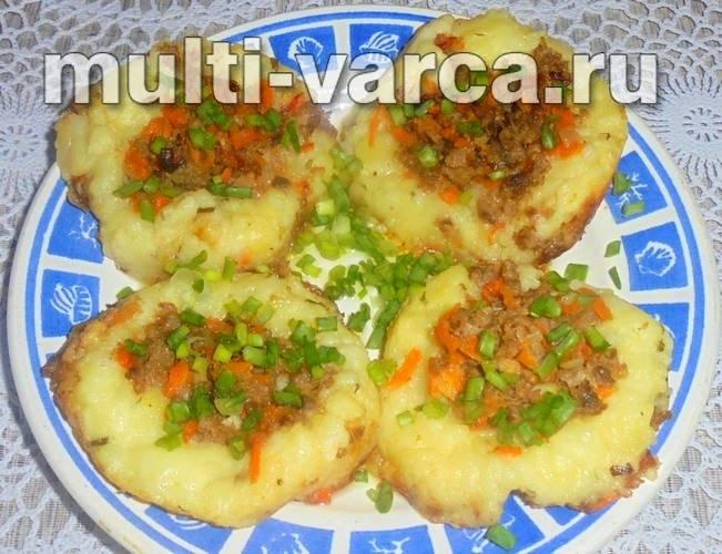 Гнезда из картошки с фаршем рецепт