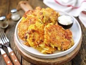 Драники из картофеля с луком и чесноком