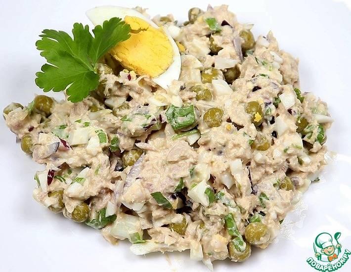 Салат с тунцом